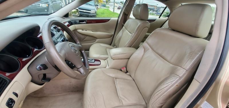 Lexus ES 300 2003 price $4,195 Cash
