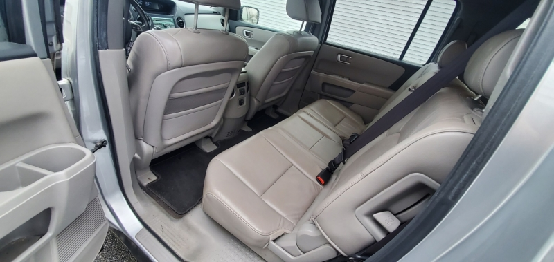 Honda Pilot 2011 price $7,700