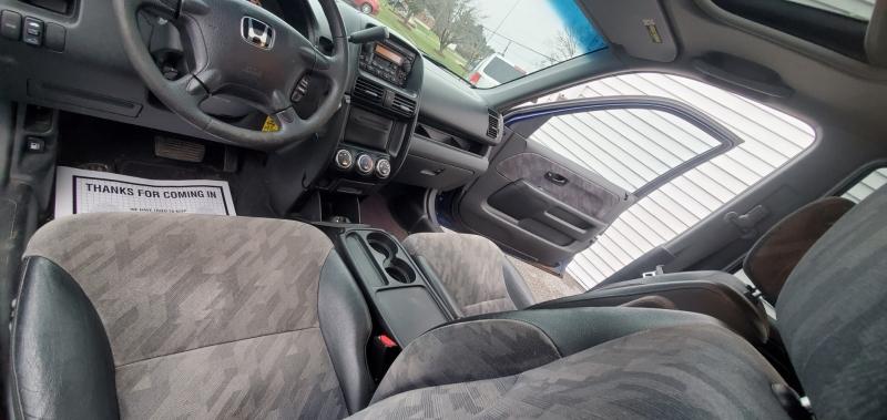 Honda CR-V 2004 price $2,900