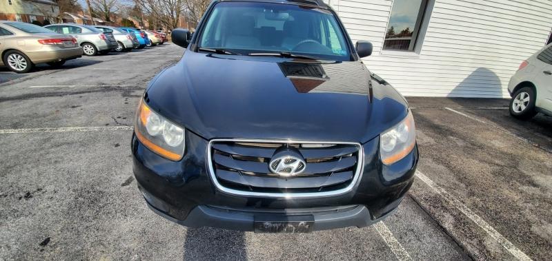 Hyundai Santa Fe 2011 price $6,200