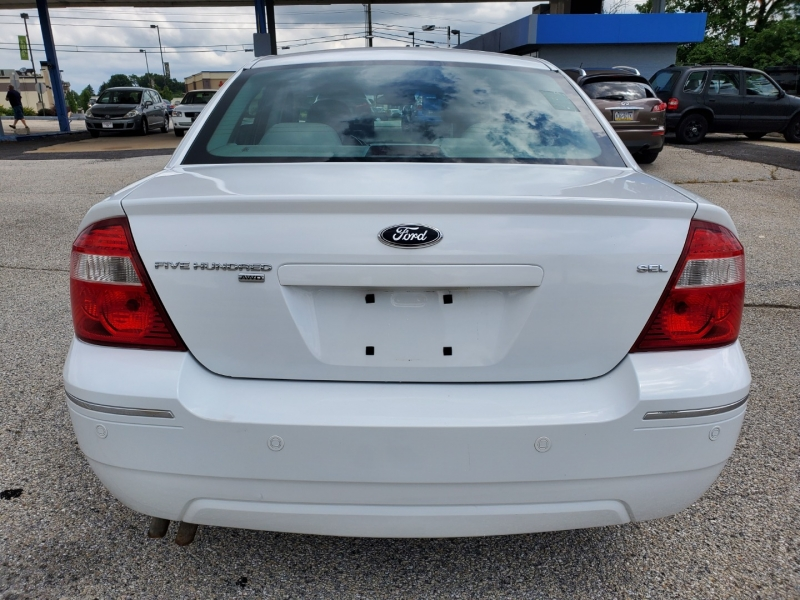 Ford Five Hundred 2006 price $3,795 Cash