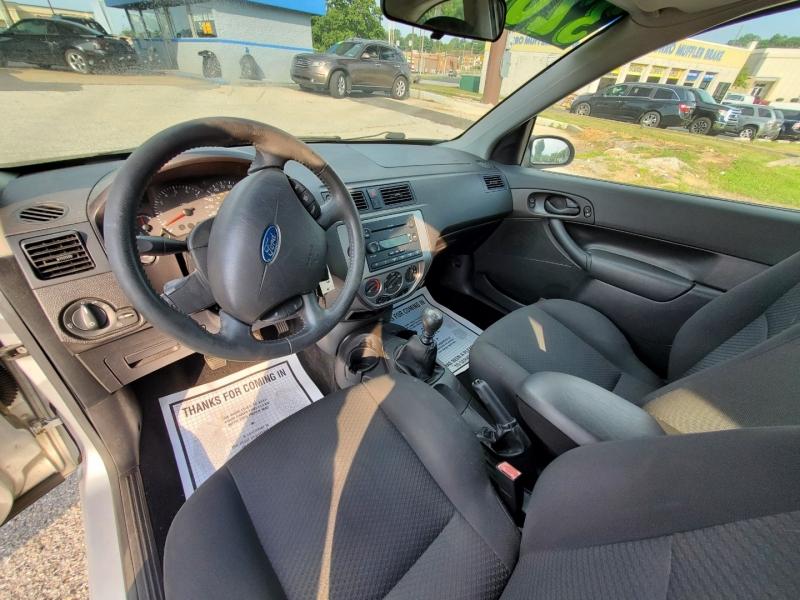 Ford Focus 2007 price $3,195 Cash