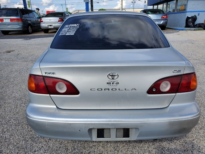 Toyota Corolla 2001 price $3,195 Cash