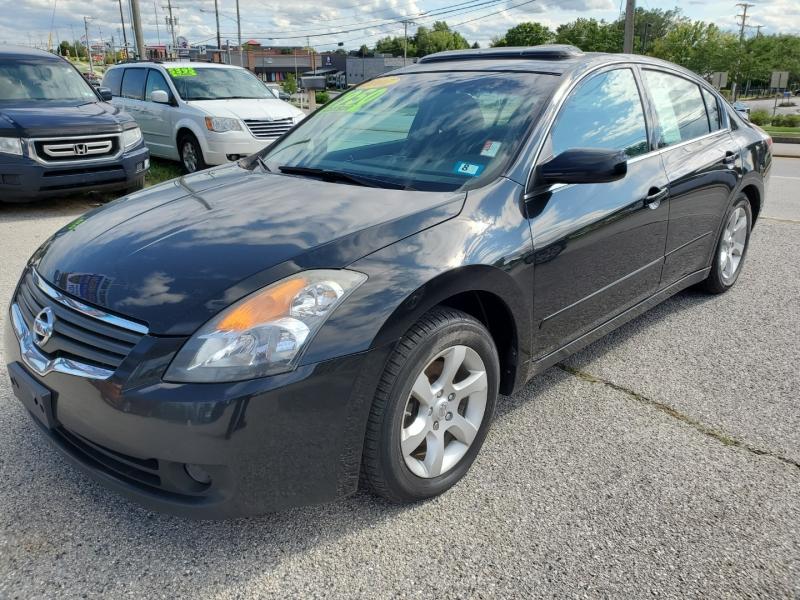 Nissan Altima 2007 price $2,950 Cash