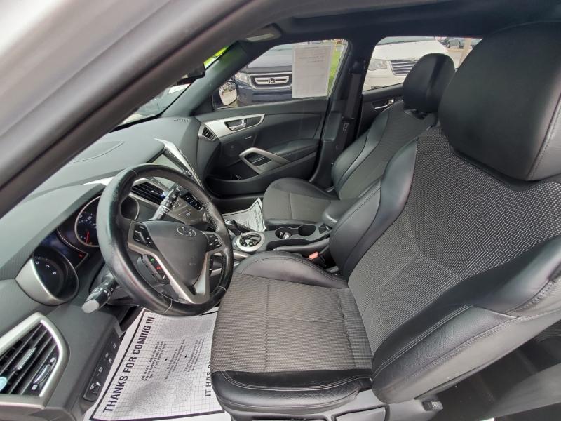 Hyundai Veloster 2016 price $11,800 Cash
