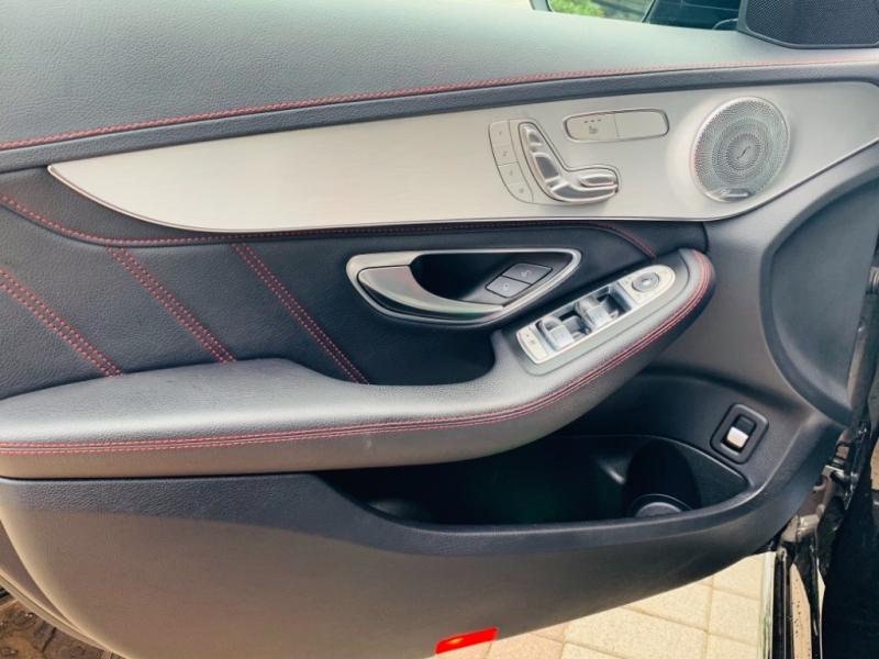 Mercedes-Benz C-Class 2016 price $36,995