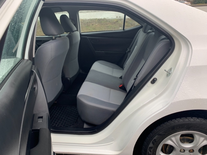 Toyota Corolla 2017 price $17,495