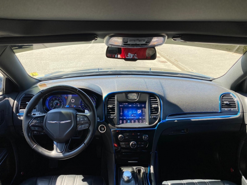 Chrysler 300 2017 price $26,995