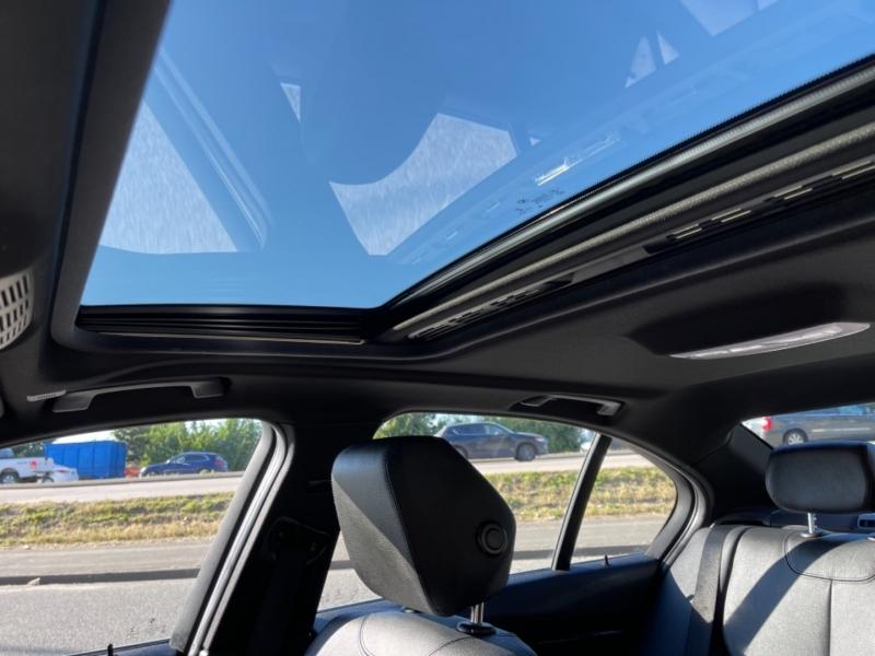 BMW 3-Series 2016 price $23,995