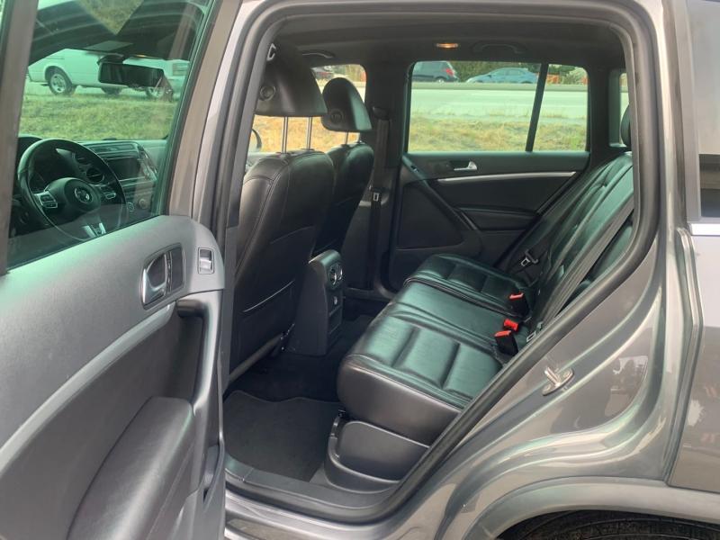 Volkswagen Tiguan 2013 price $15,995