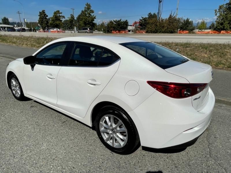 Mazda Mazda3 2018 price $18,995