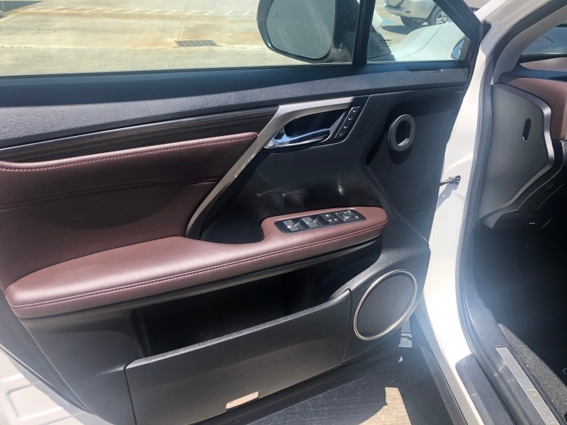 Lexus RX 2017 price $33,900