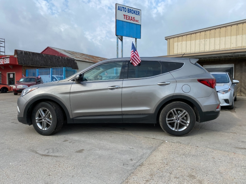 Hyundai Santa Fe Sport 2018 price $15,900