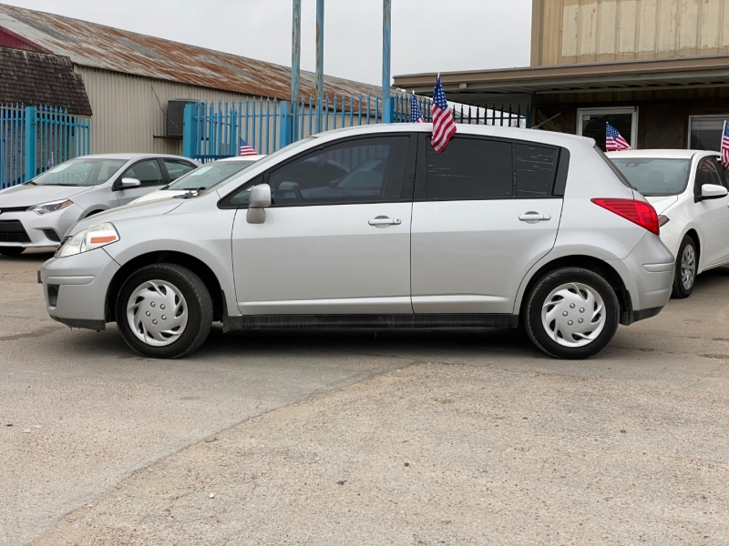 Nissan Versa 2010 price $5,900