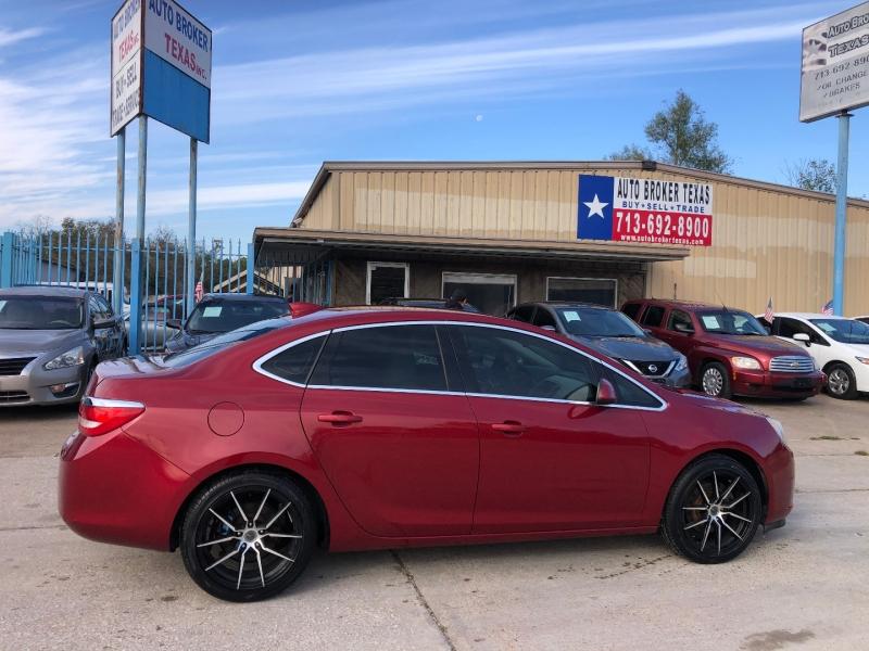 Buick Verano 2015 price $10,900
