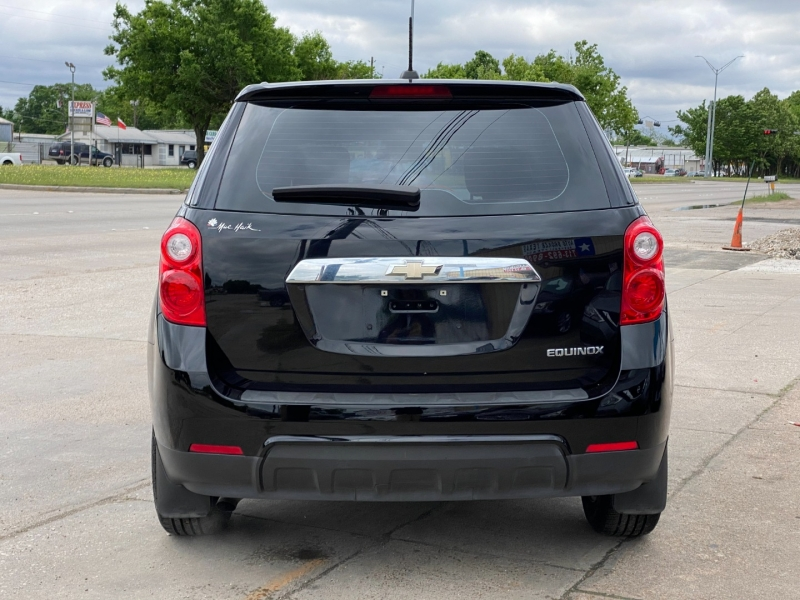 Chevrolet Equinox 2015 price $14,900