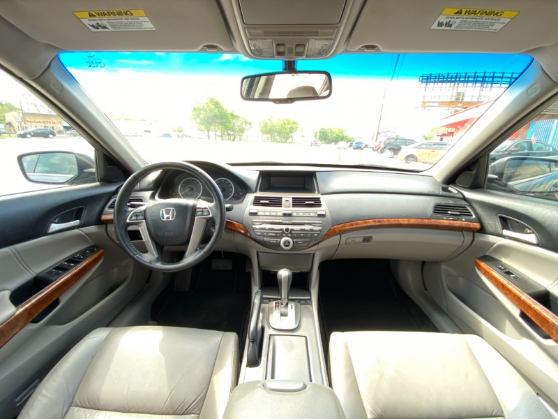 Honda Accord Sdn 2012 price $10,900