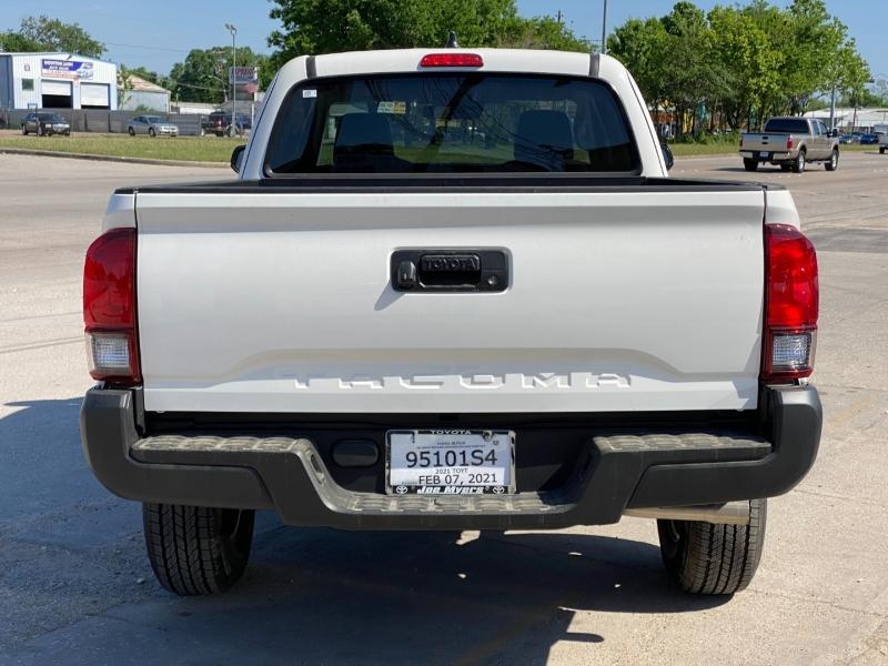 Toyota Tacoma 2WD 2021 price $28,000