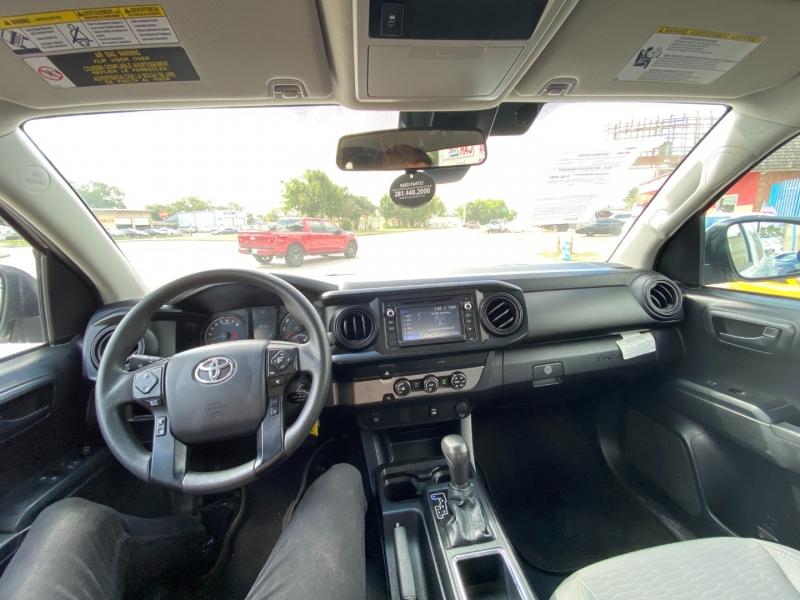 Toyota Tacoma 2WD 2019 price $22,000