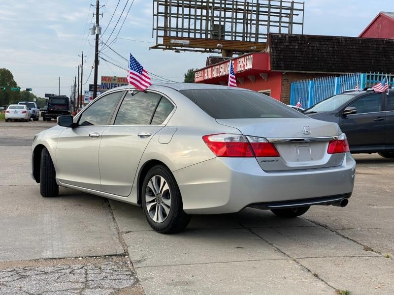 Honda Accord Sedan 2014 price $18,900