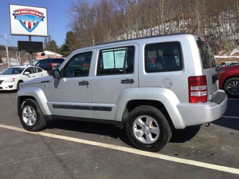 Jeep Liberty 2012 price $17,999