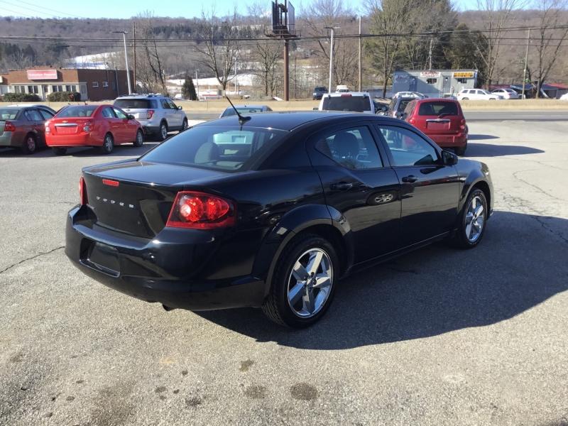 Dodge Avenger 2012 price $16,999