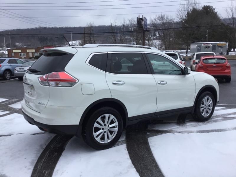 Nissan Rogue 2016 price $22,999