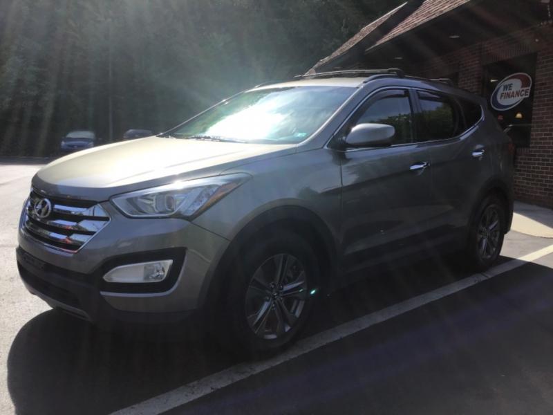 Hyundai Santa Fe Sport 2014 price $21,999