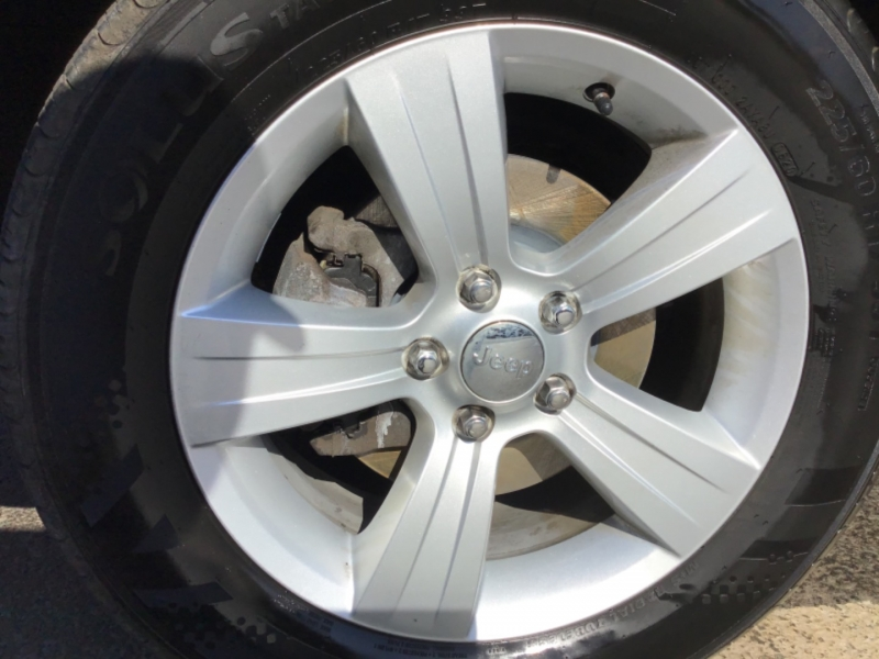 Jeep Compass 2016 price $17,999