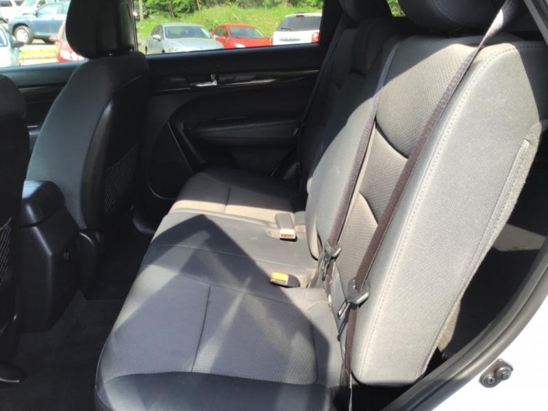 Kia Sorento 2013 price $19,999