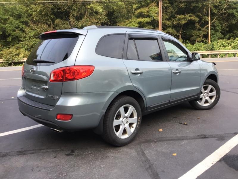 Hyundai Santa Fe 2008 price $16,999