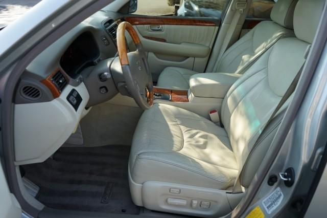 Lexus LS 430 2003 price $11,400