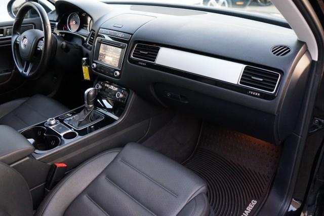Volkswagen Touareg 2015 price $21,500
