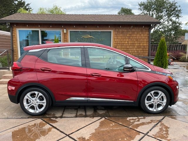 Chevrolet BOLT LT 2017 price $18,490