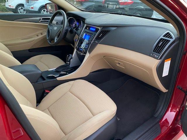 Hyundai SONATA HYBRID 2012 price $10,990