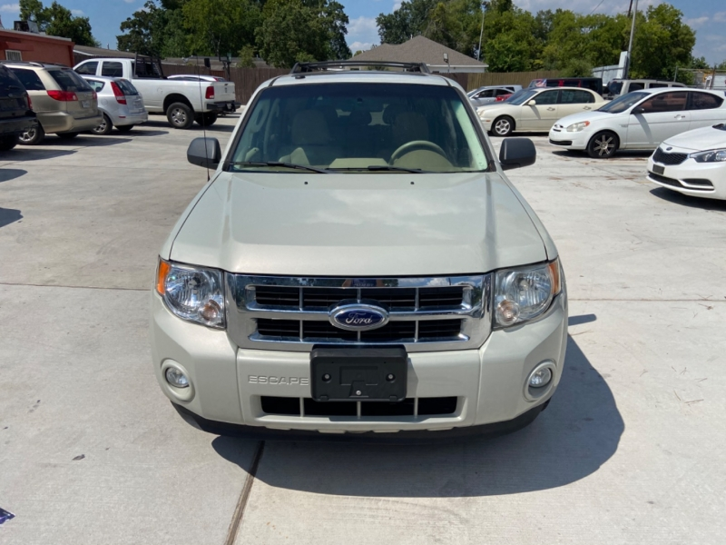 Ford Escape 2009 price $4,895
