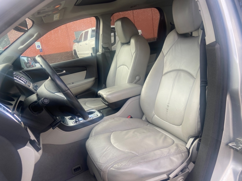 GMC Acadia 2012 price $6,850