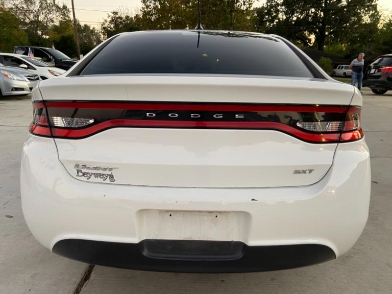 Dodge Dart 2015 price $5,700