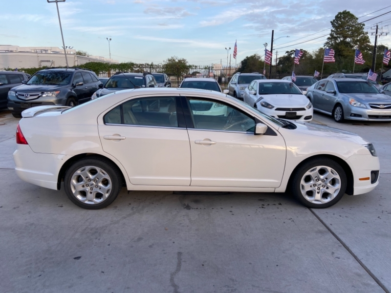 Ford Fusion 2010 price $4,450