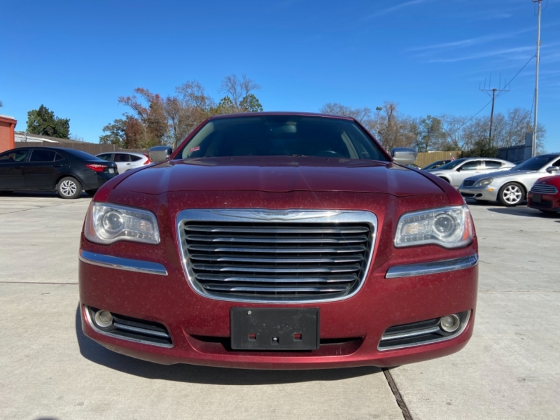 Chrysler 300 2012 price $5,900