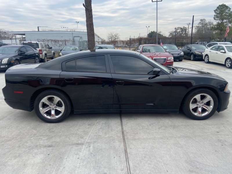 Dodge Charger 2013 price $6,900