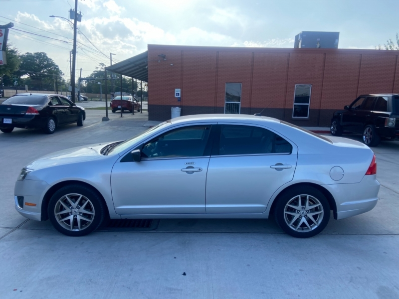 Ford Fusion 2012 price $6,390