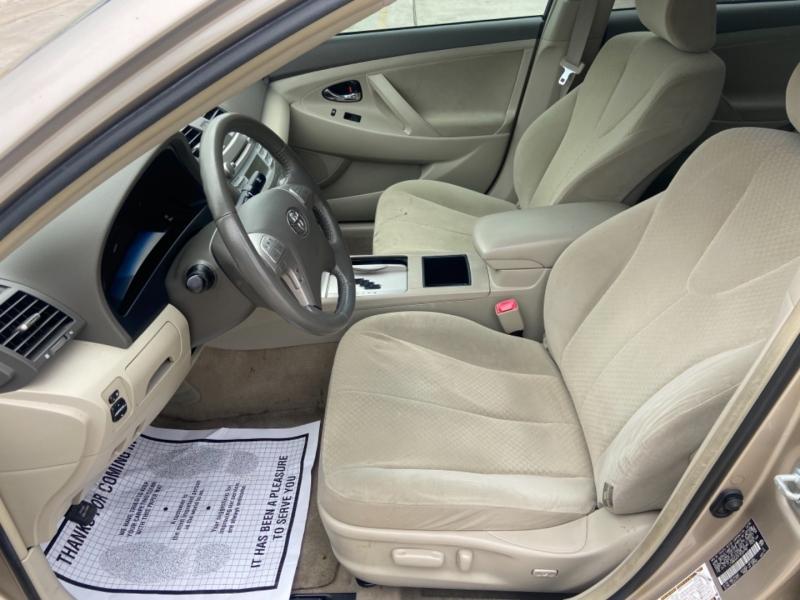 Toyota Camry Hybrid 2007 price $6,700