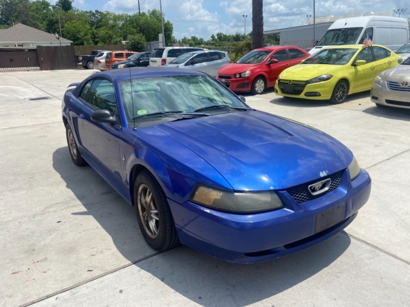 Ford Mustang 2003 price $2,600