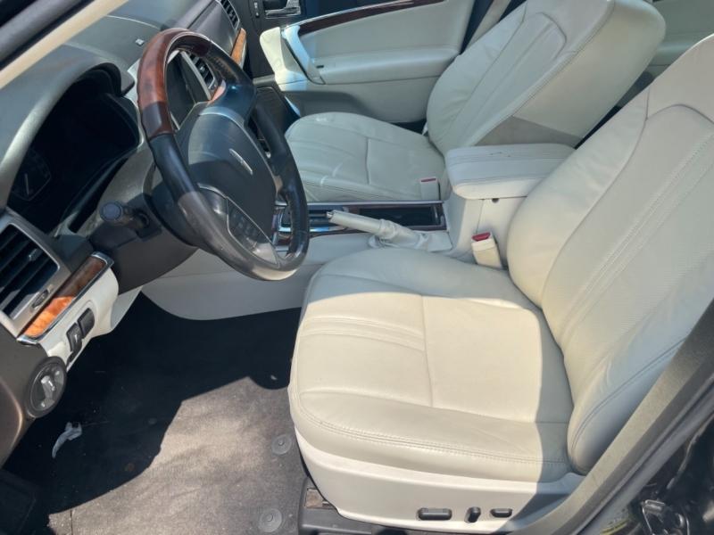Lincoln MKZ 2011 price $5,990