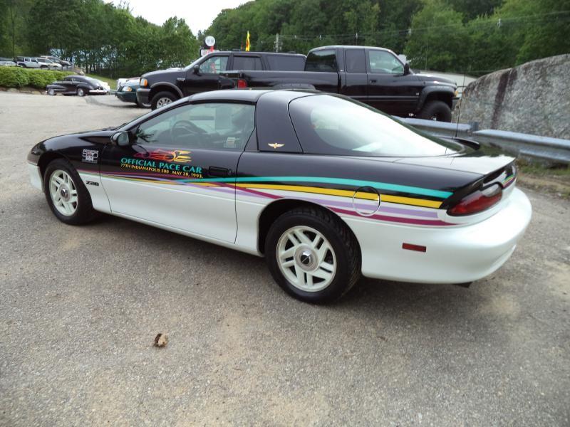 Chevrolet Camaro 1993 price $28,000