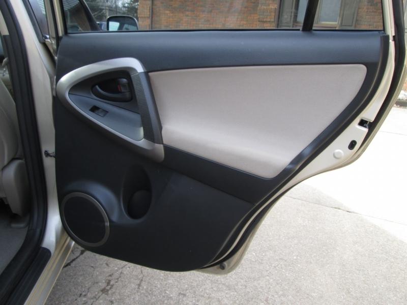 Toyota RAV4 2007 price $5,795