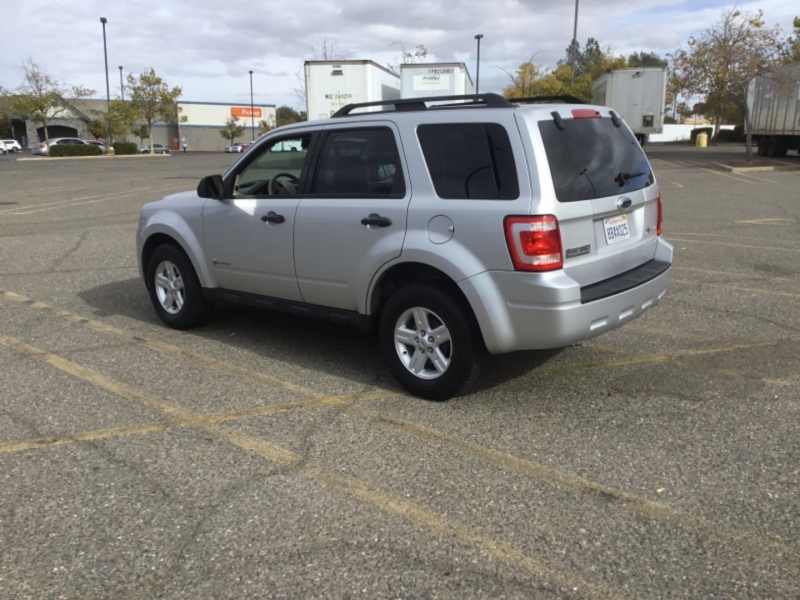 Ford Escape 2009 price $6,495
