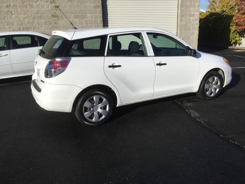 Toyota Matrix 2005 price $3,495