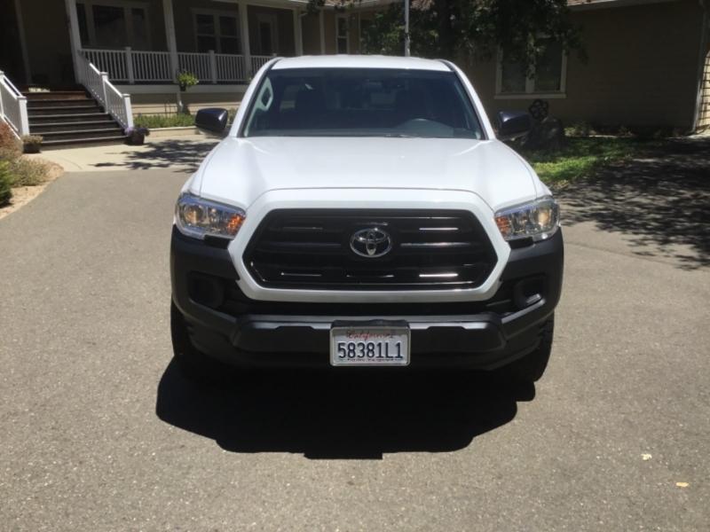 Toyota Tacoma 2016 price $26,995